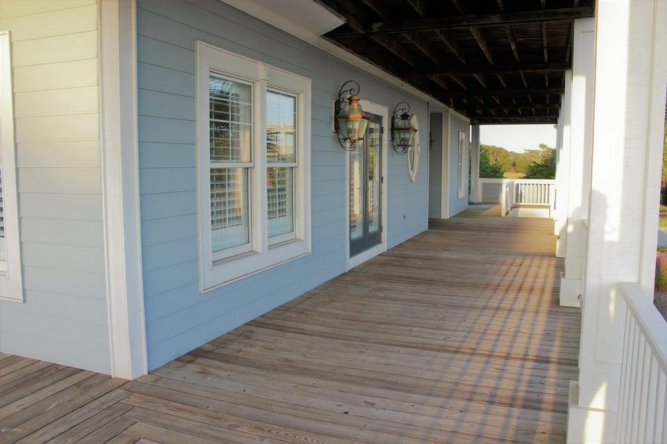 Seascape Real Estate - http://cdn.resize.sparkplatform.com/ncr/1024x768/true/20171012193345398434000000-o.jpg