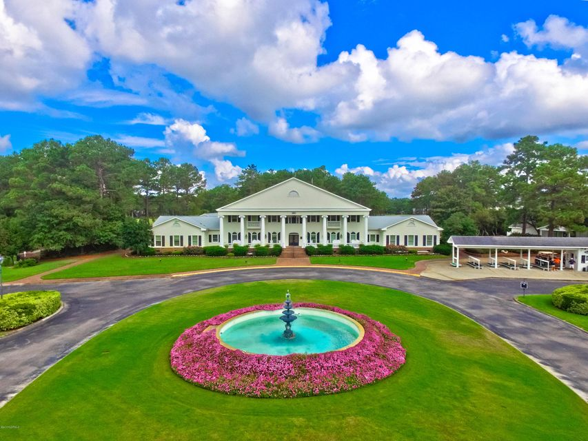 Brunswick Plantation Real Estate - http://cdn.resize.sparkplatform.com/ncr/1024x768/true/20171013141316835982000000-o.jpg