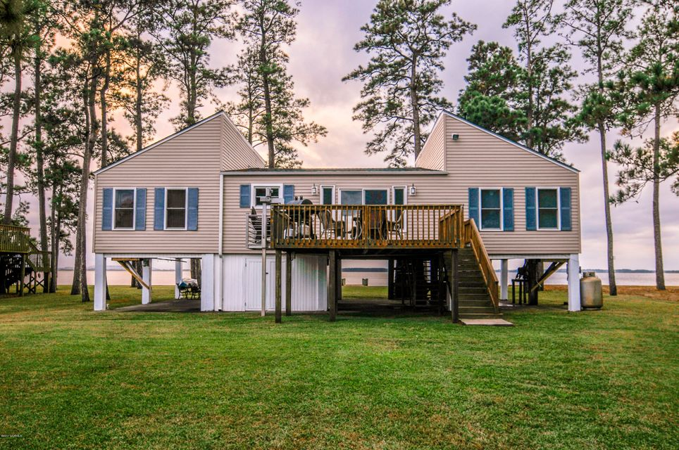 Property for sale at 364 Queen Anne Drive, Bath,  NC 27808