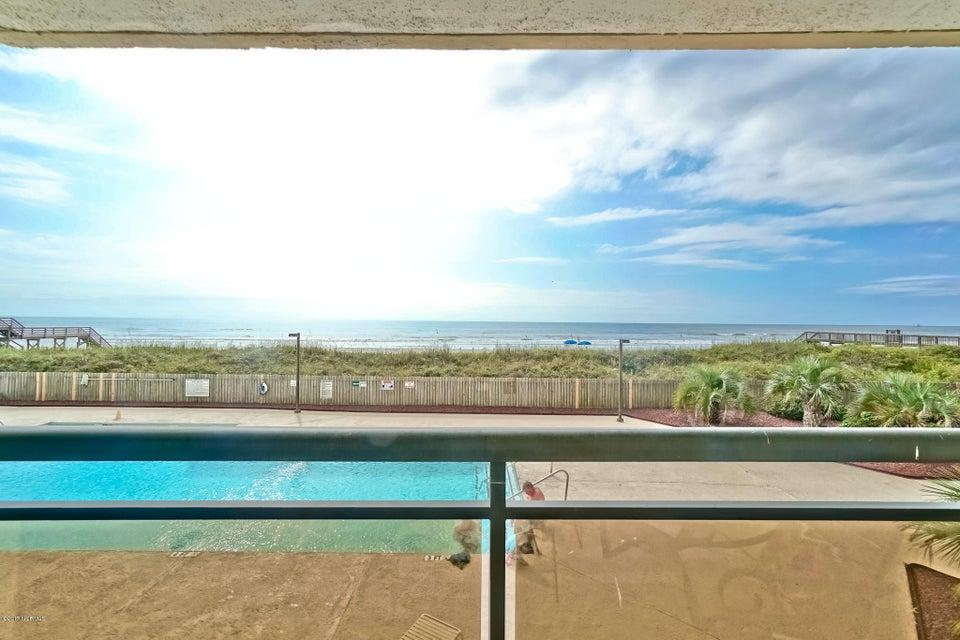 Ocean Point Real Estate - http://cdn.resize.sparkplatform.com/ncr/1024x768/true/20171014170803549672000000-o.jpg