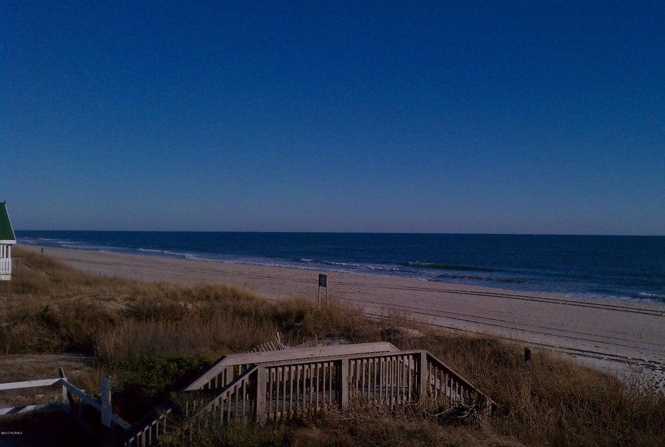 Ocean Point Real Estate - http://cdn.resize.sparkplatform.com/ncr/1024x768/true/20171014173144108179000000-o.jpg
