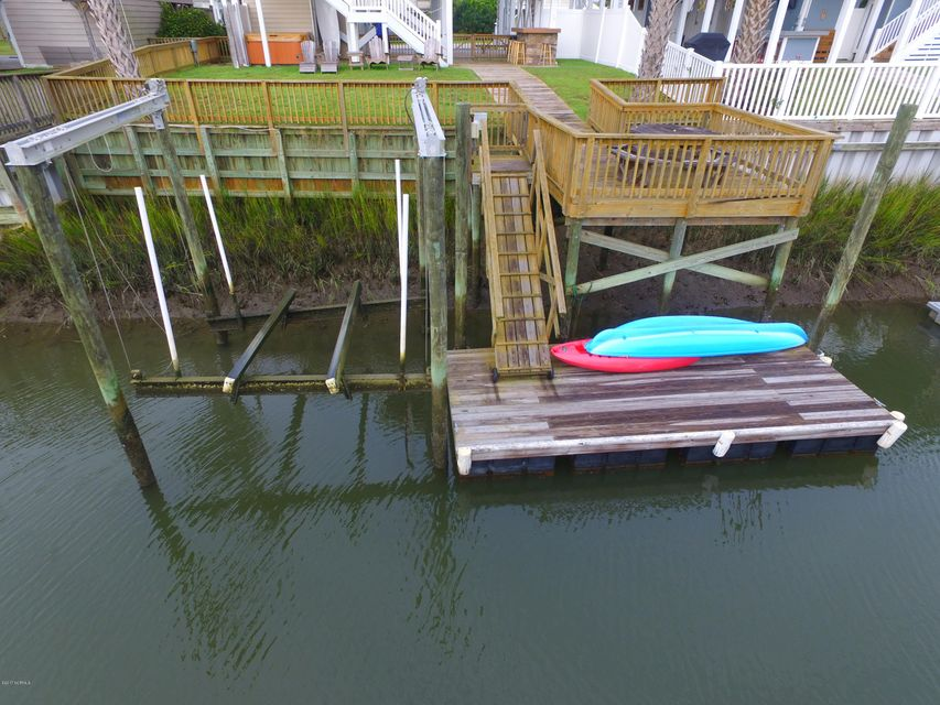 Harbor Acres Real Estate - http://cdn.resize.sparkplatform.com/ncr/1024x768/true/20171018170646269196000000-o.jpg