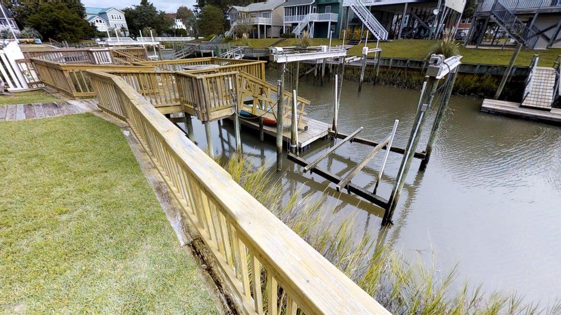 Harbor Acres Real Estate - http://cdn.resize.sparkplatform.com/ncr/1024x768/true/20171018170801551521000000-o.jpg
