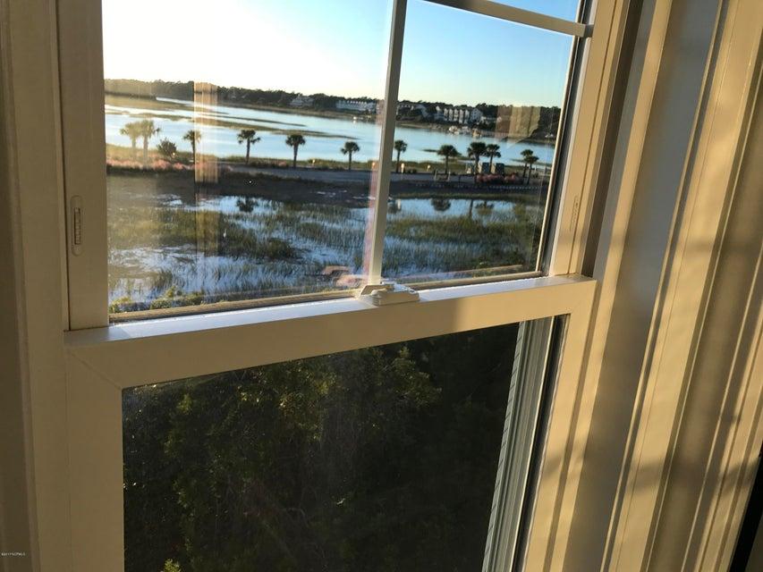 Maritime Place Real Estate - http://cdn.resize.sparkplatform.com/ncr/1024x768/true/20171018182020450860000000-o.jpg
