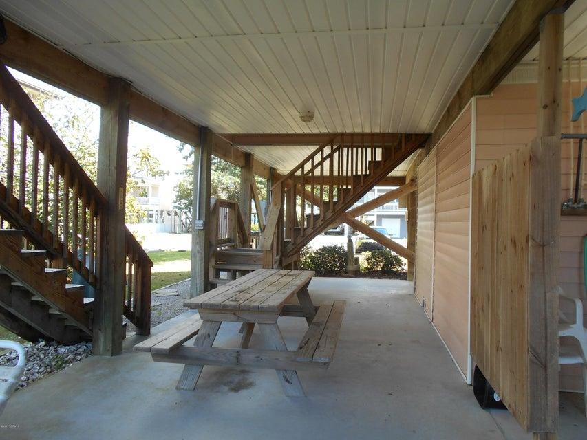 Harbor Acres Real Estate - http://cdn.resize.sparkplatform.com/ncr/1024x768/true/20171019162553183082000000-o.jpg