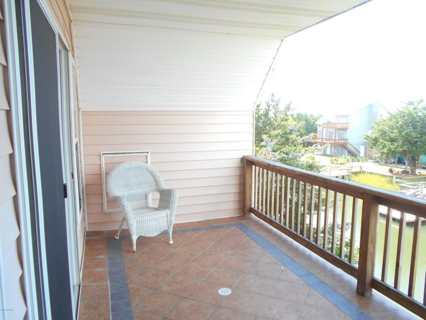 Harbor Acres Real Estate - http://cdn.resize.sparkplatform.com/ncr/1024x768/true/20171019162950971665000000-o.jpg