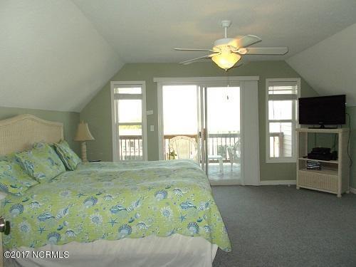 Harbor Acres Real Estate - http://cdn.resize.sparkplatform.com/ncr/1024x768/true/20171019175540915218000000-o.jpg