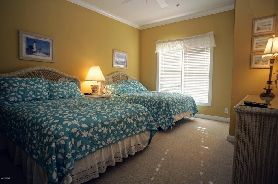 Islander Resort Real Estate - http://cdn.resize.sparkplatform.com/ncr/1024x768/true/20171019185306365212000000-o.jpg