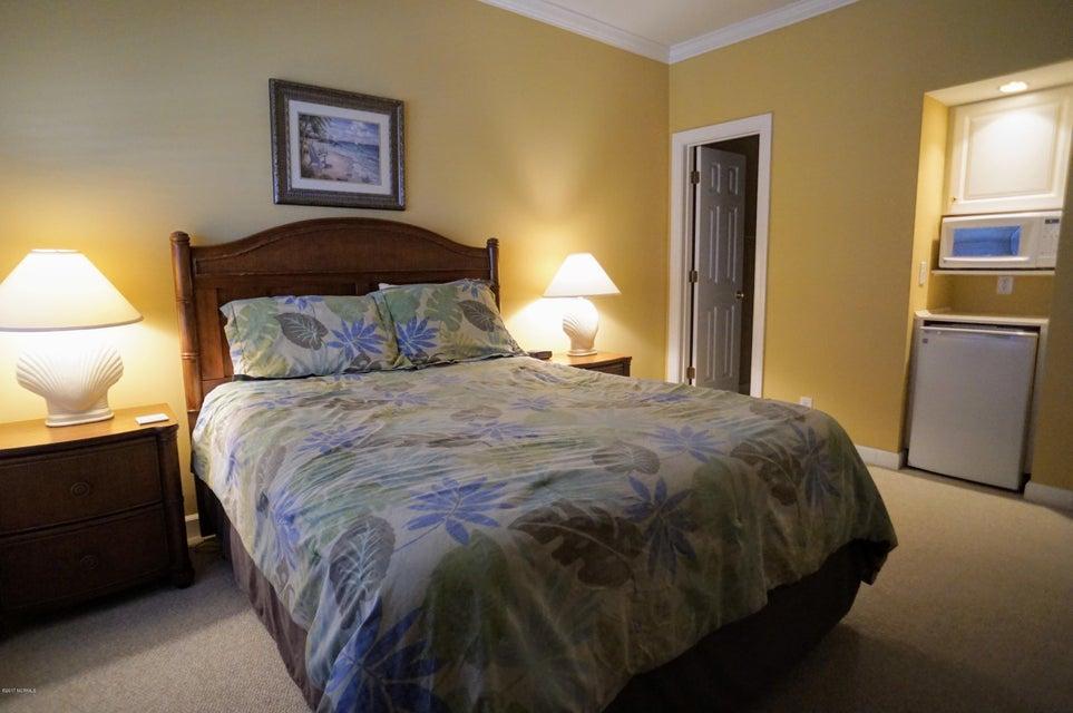 Islander Resort Real Estate - http://cdn.resize.sparkplatform.com/ncr/1024x768/true/20171019185327452394000000-o.jpg
