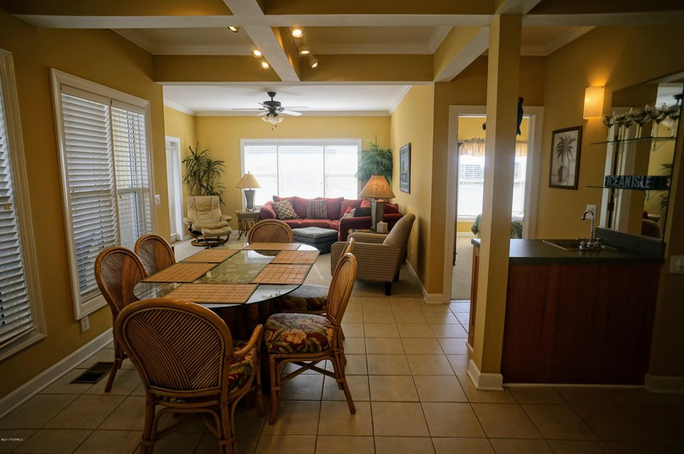 Islander Resort Real Estate - http://cdn.resize.sparkplatform.com/ncr/1024x768/true/20171019185338361817000000-o.jpg