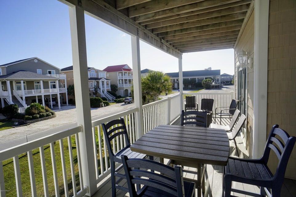 Islander Resort Real Estate - http://cdn.resize.sparkplatform.com/ncr/1024x768/true/20171019185404291702000000-o.jpg