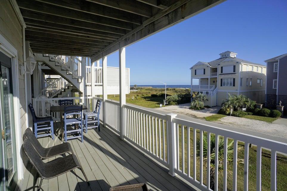 Islander Resort Real Estate - http://cdn.resize.sparkplatform.com/ncr/1024x768/true/20171019185411280103000000-o.jpg
