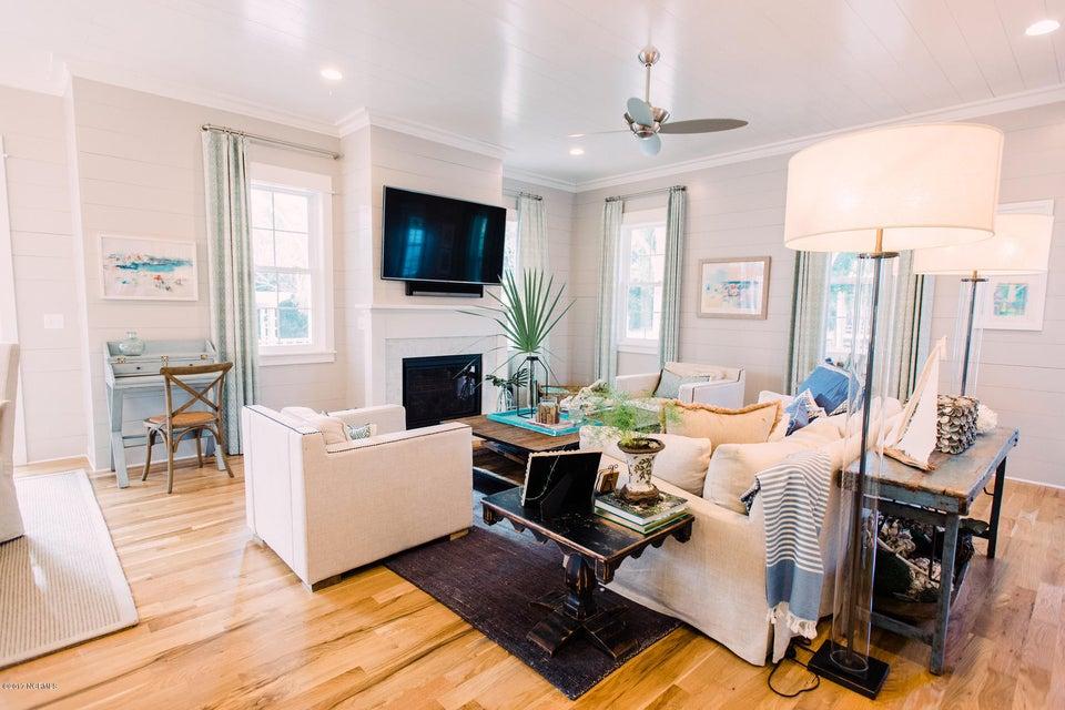 BHI (Bald Head Island) Real Estate - http://cdn.resize.sparkplatform.com/ncr/1024x768/true/20171020150147098370000000-o.jpg