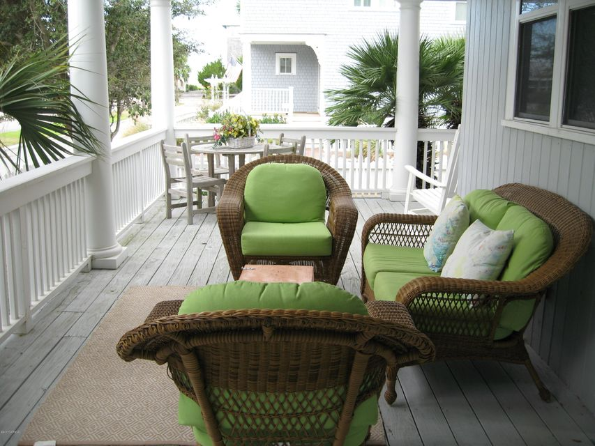 BHI Harbour Village Real Estate - http://cdn.resize.sparkplatform.com/ncr/1024x768/true/20171023151250823410000000-o.jpg