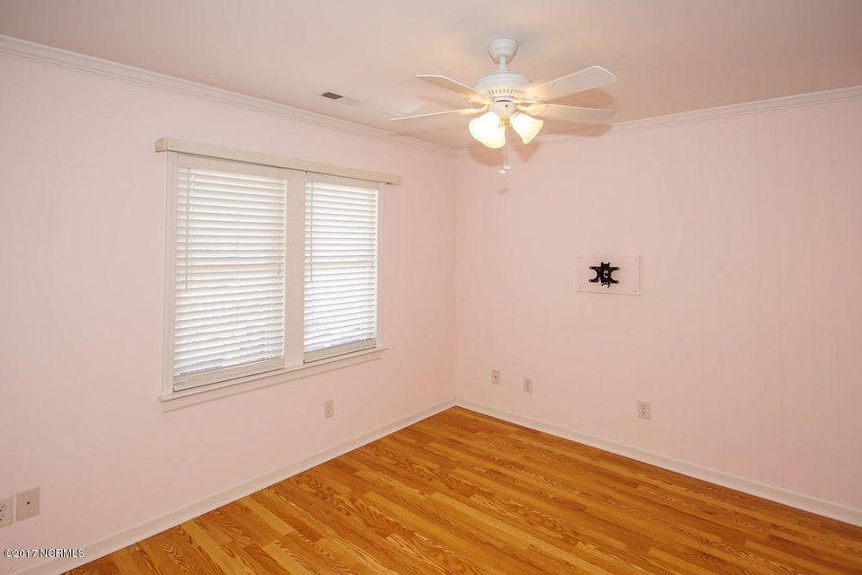 Not In Subdivision Real Estate - http://cdn.resize.sparkplatform.com/ncr/1024x768/true/20171023163832036947000000-o.jpg