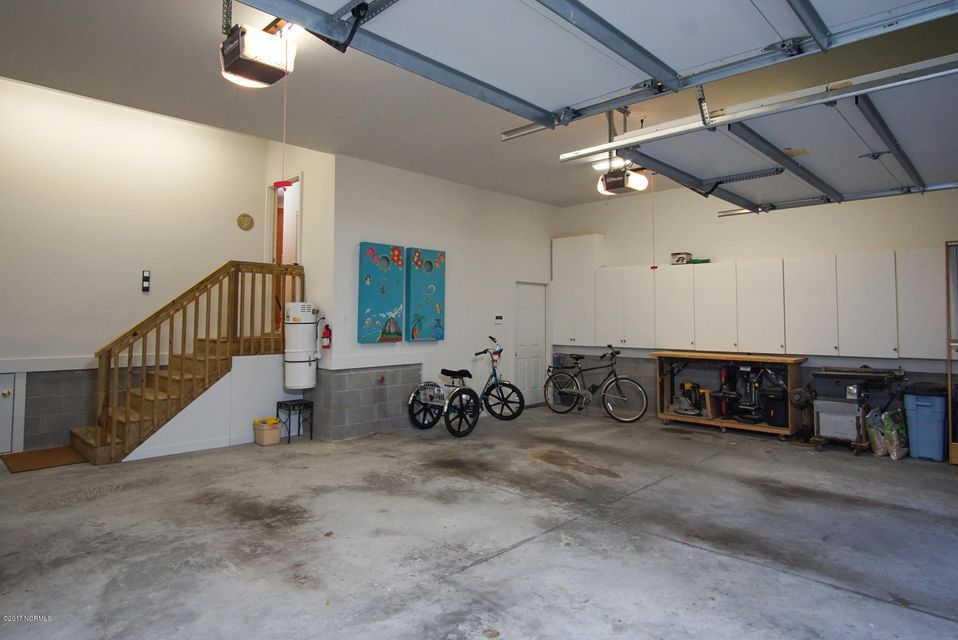 Devaun Park Real Estate - http://cdn.resize.sparkplatform.com/ncr/1024x768/true/20171023185513985702000000-o.jpg