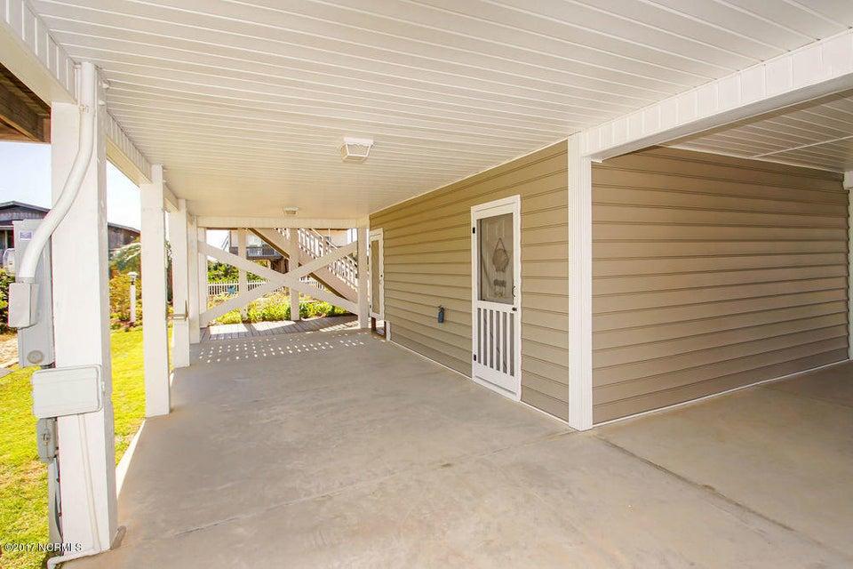 Rhoda McMillan Real Estate - http://cdn.resize.sparkplatform.com/ncr/1024x768/true/20171023201406521664000000-o.jpg