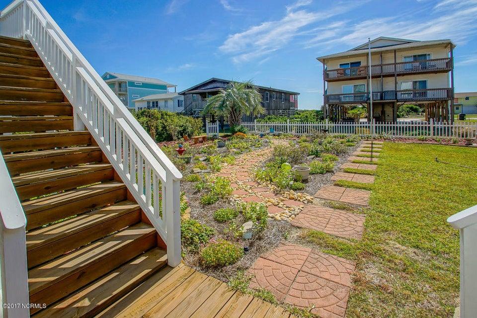 Rhoda McMillan Real Estate - http://cdn.resize.sparkplatform.com/ncr/1024x768/true/20171023201410881411000000-o.jpg
