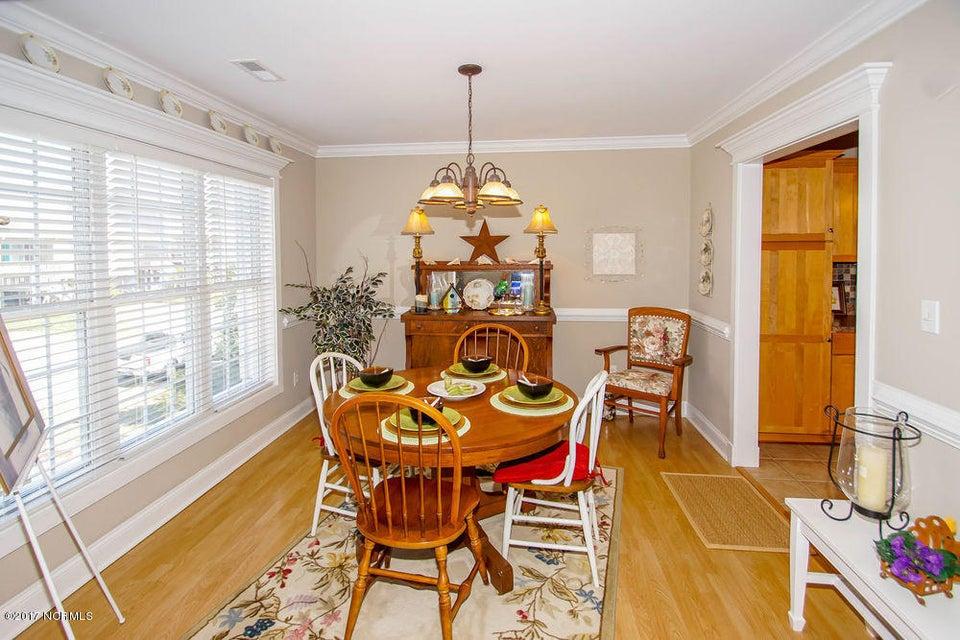 Rhoda McMillan Real Estate - http://cdn.resize.sparkplatform.com/ncr/1024x768/true/20171023201420566780000000-o.jpg