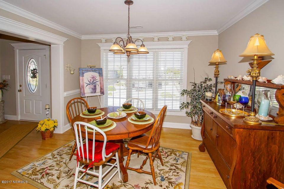 Rhoda McMillan Real Estate - http://cdn.resize.sparkplatform.com/ncr/1024x768/true/20171023201423321853000000-o.jpg