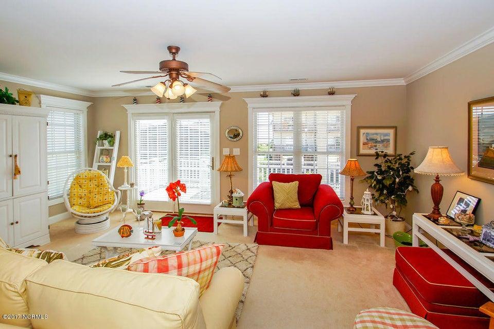 Rhoda McMillan Real Estate - http://cdn.resize.sparkplatform.com/ncr/1024x768/true/20171023201429375012000000-o.jpg
