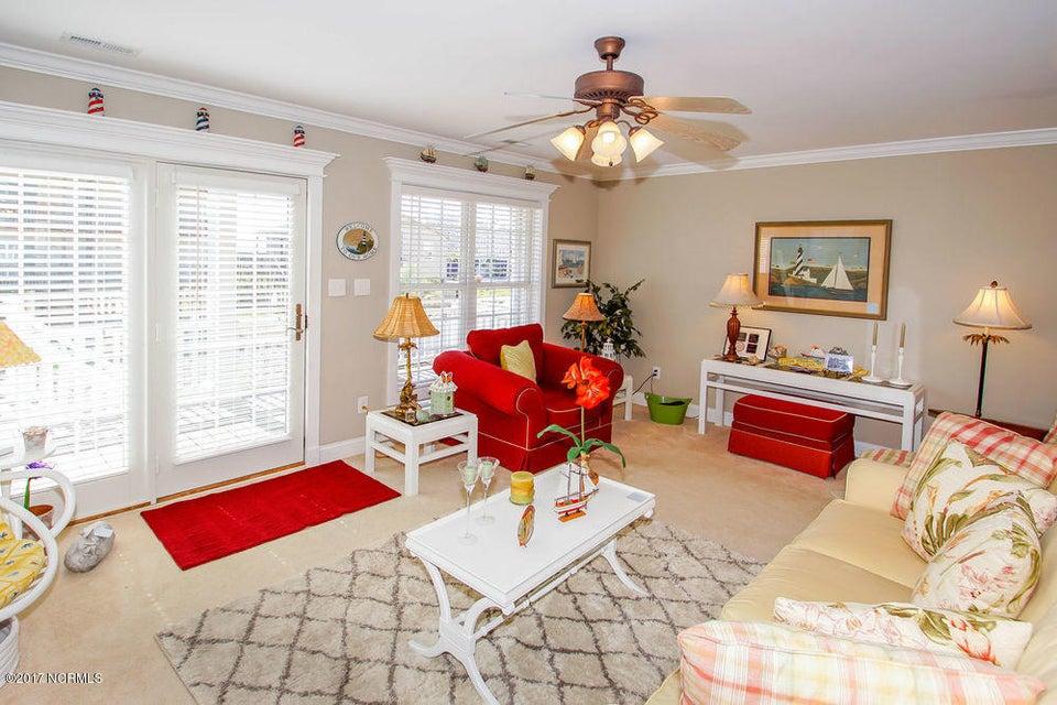 Rhoda McMillan Real Estate - http://cdn.resize.sparkplatform.com/ncr/1024x768/true/20171023201437008400000000-o.jpg