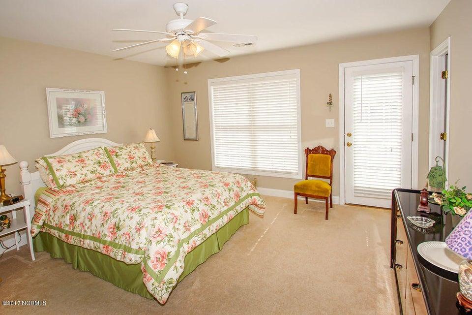 Rhoda McMillan Real Estate - http://cdn.resize.sparkplatform.com/ncr/1024x768/true/20171023201451862245000000-o.jpg