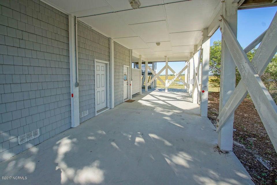Holden Beach West Real Estate - http://cdn.resize.sparkplatform.com/ncr/1024x768/true/20171024135329734327000000-o.jpg