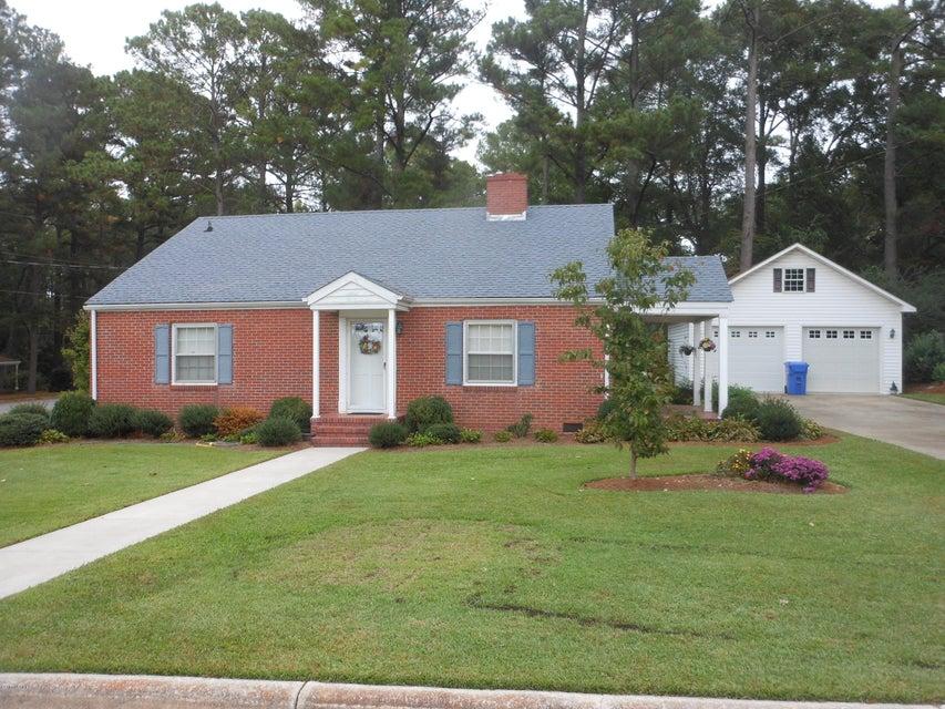 Property for sale at 406 W Burnett Street, Pinetops,  NC 27864