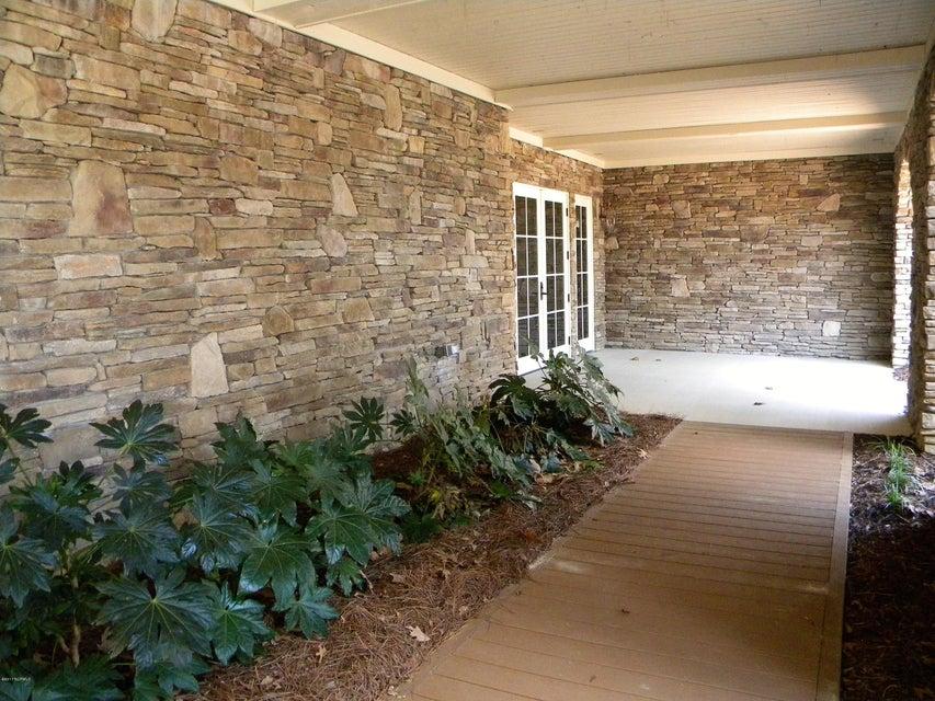 Seawatch @ Sunset Harbor Real Estate - http://cdn.resize.sparkplatform.com/ncr/1024x768/true/20171025142930741246000000-o.jpg