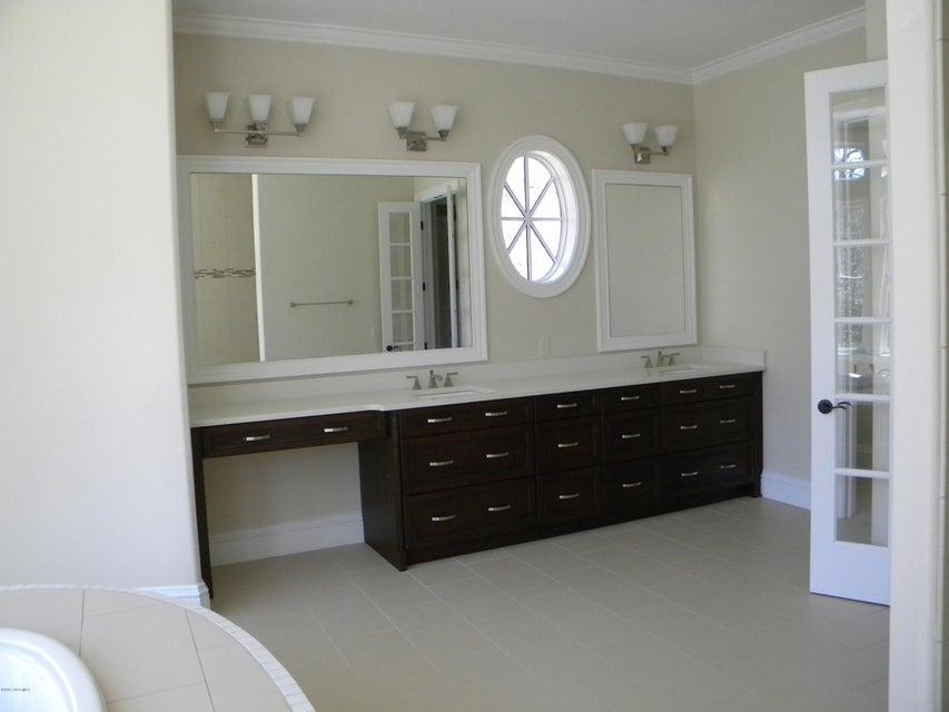 Seawatch @ Sunset Harbor Real Estate - http://cdn.resize.sparkplatform.com/ncr/1024x768/true/20171025143024182185000000-o.jpg