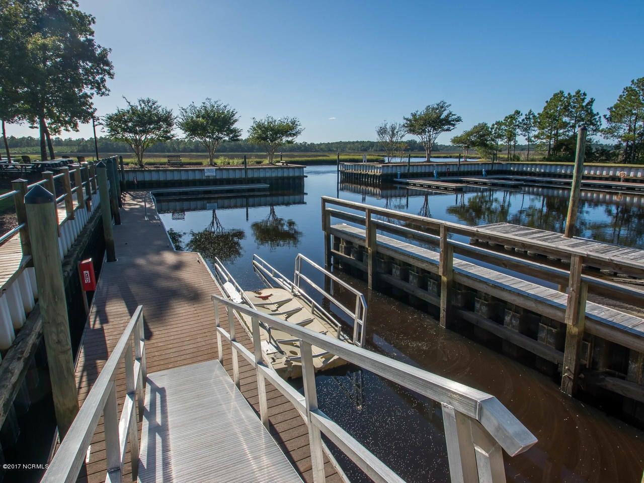 Winding River Plantation Real Estate - http://cdn.resize.sparkplatform.com/ncr/1024x768/true/20171027134907152351000000-o.jpg