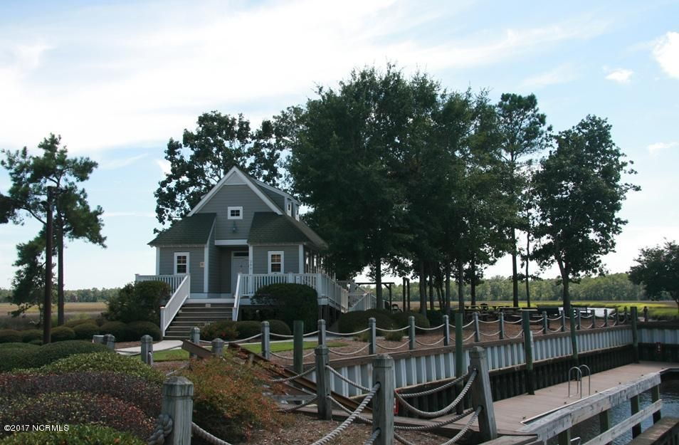 Winding River Plantation Real Estate - http://cdn.resize.sparkplatform.com/ncr/1024x768/true/20171027161614858964000000-o.jpg