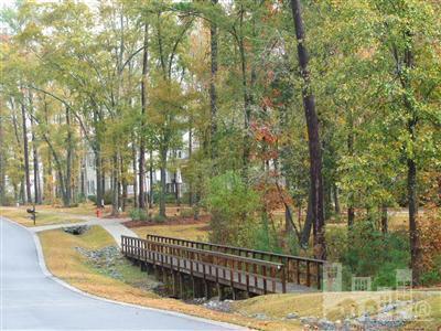 Brookhaven Real Estate - http://cdn.resize.sparkplatform.com/ncr/1024x768/true/20171102184628511503000000-o.jpg