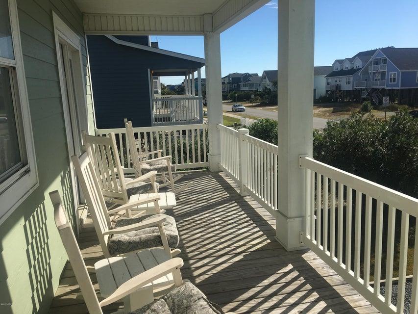 Bacon Island Harbor Real Estate - http://cdn.resize.sparkplatform.com/ncr/1024x768/true/20171102210558474170000000-o.jpg