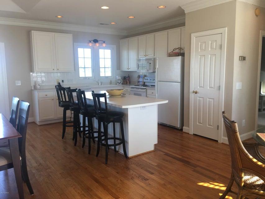 Bacon Island Harbor Real Estate - http://cdn.resize.sparkplatform.com/ncr/1024x768/true/20171102210937308272000000-o.jpg