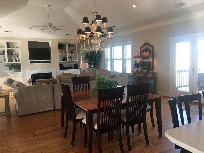 Bacon Island Harbor Real Estate - http://cdn.resize.sparkplatform.com/ncr/1024x768/true/20171102211024581672000000-o.jpg