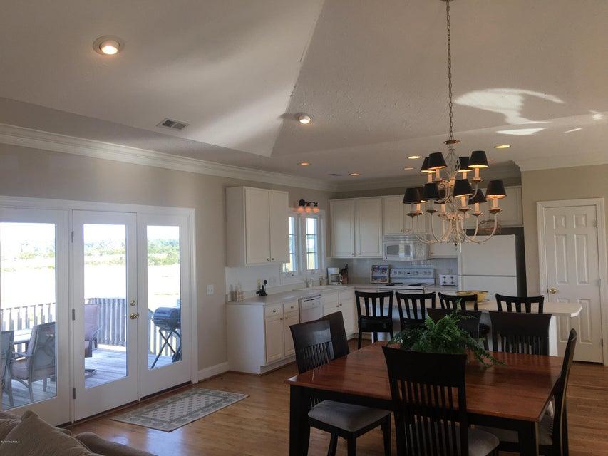 Bacon Island Harbor Real Estate - http://cdn.resize.sparkplatform.com/ncr/1024x768/true/20171102211206475963000000-o.jpg