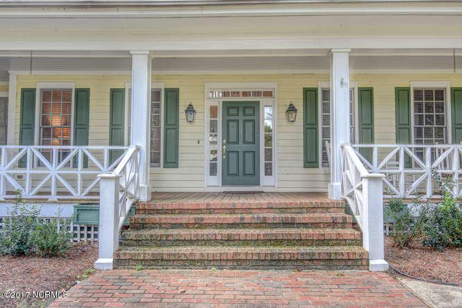 Porters Neck Plantation Real Estate - http://cdn.resize.sparkplatform.com/ncr/1024x768/true/20171103142604384345000000-o.jpg