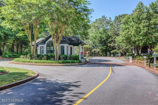 Porters Neck Plantation Real Estate - http://cdn.resize.sparkplatform.com/ncr/1024x768/true/20171103142754892753000000-o.jpg