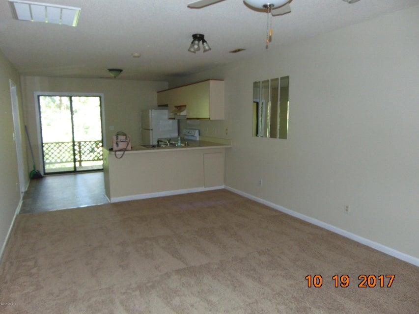 Candlewyck Real Estate - http://cdn.resize.sparkplatform.com/ncr/1024x768/true/20171103165102845101000000-o.jpg