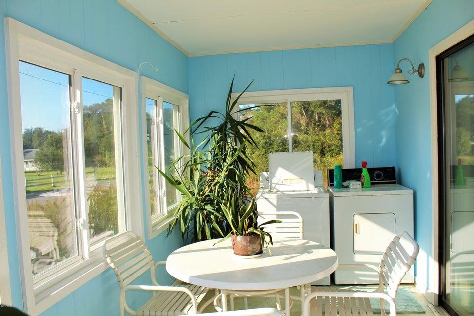 Ocean View Landing Real Estate - http://cdn.resize.sparkplatform.com/ncr/1024x768/true/20171106150419594600000000-o.jpg