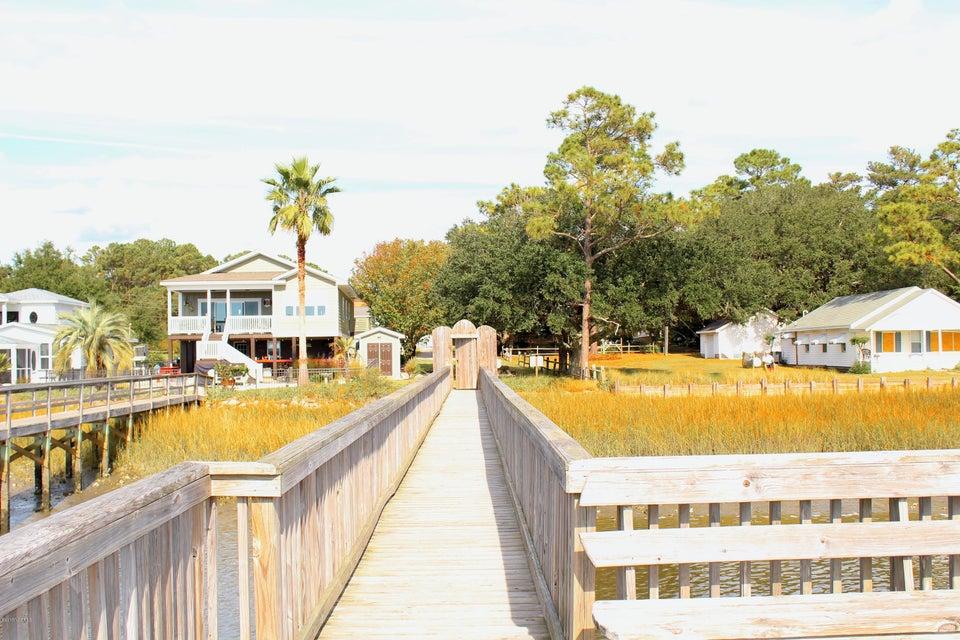 Ocean View Landing Real Estate - http://cdn.resize.sparkplatform.com/ncr/1024x768/true/20171106155254243292000000-o.jpg