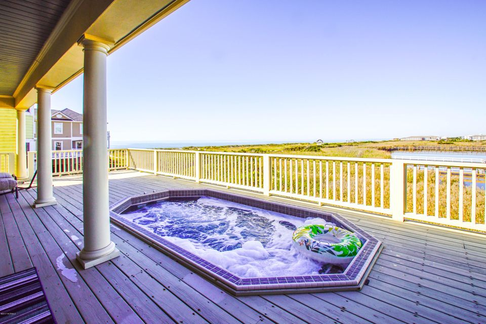 Turtle Creek Real Estate - http://cdn.resize.sparkplatform.com/ncr/1024x768/true/20171106220106645274000000-o.jpg