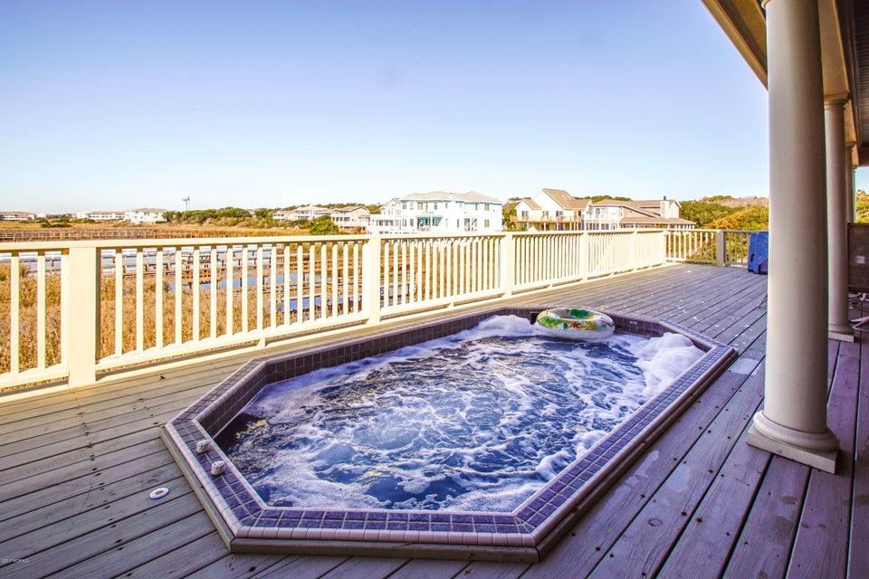 Turtle Creek Real Estate - http://cdn.resize.sparkplatform.com/ncr/1024x768/true/20171106220413385042000000-o.jpg