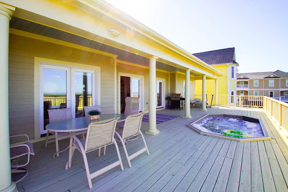 Turtle Creek Real Estate - http://cdn.resize.sparkplatform.com/ncr/1024x768/true/20171106220636722278000000-o.jpg