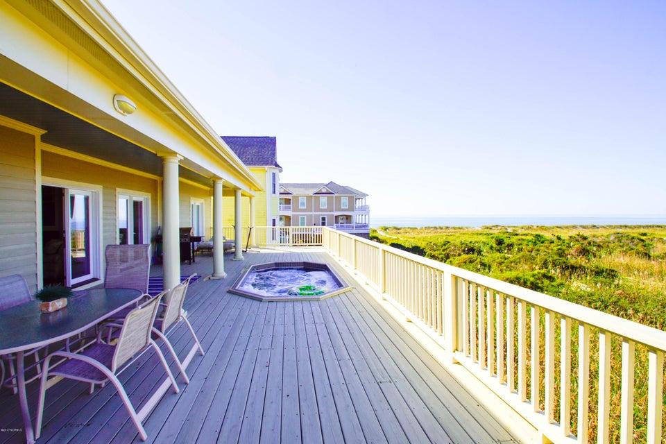 Turtle Creek Real Estate - http://cdn.resize.sparkplatform.com/ncr/1024x768/true/20171106220705523128000000-o.jpg