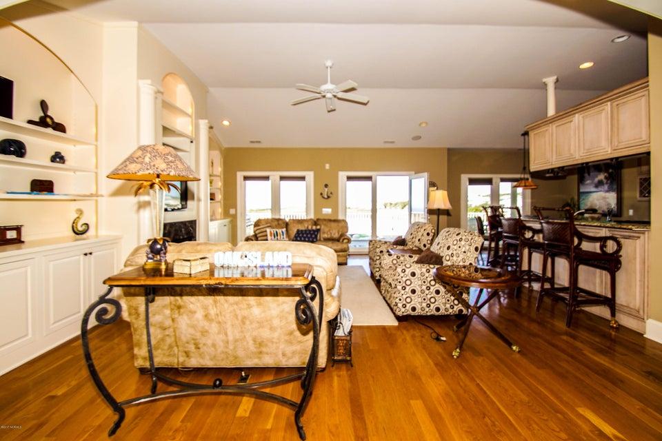 Turtle Creek Real Estate - http://cdn.resize.sparkplatform.com/ncr/1024x768/true/20171106220929425086000000-o.jpg