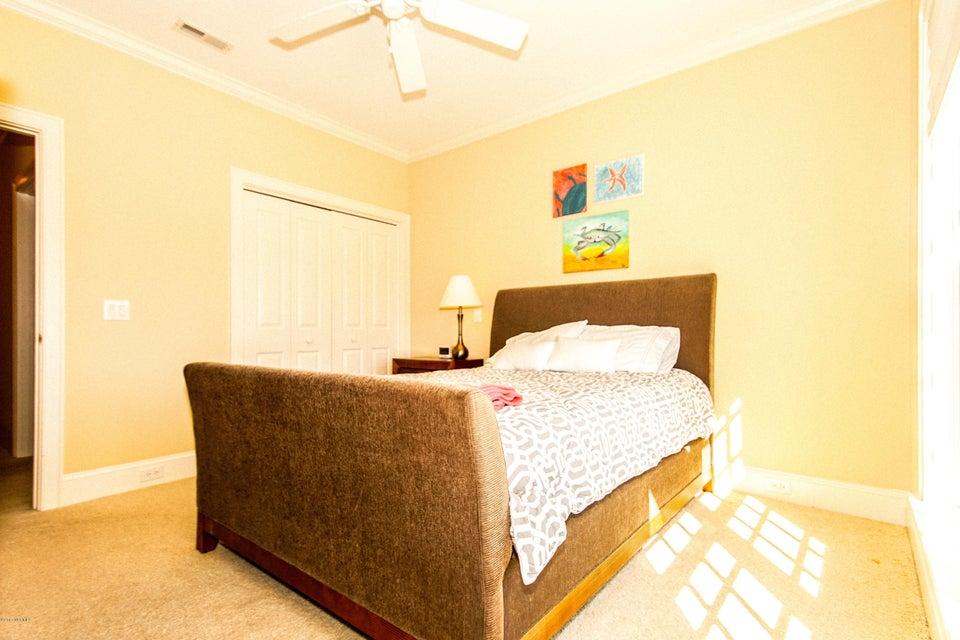 Turtle Creek Real Estate - http://cdn.resize.sparkplatform.com/ncr/1024x768/true/20171106221857589467000000-o.jpg