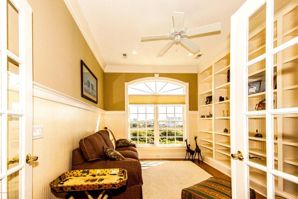 Turtle Creek Real Estate - http://cdn.resize.sparkplatform.com/ncr/1024x768/true/20171106224658581885000000-o.jpg